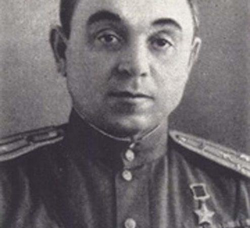 Жмакин Василий Павлович гвардии полковник      Герой Советского Союза