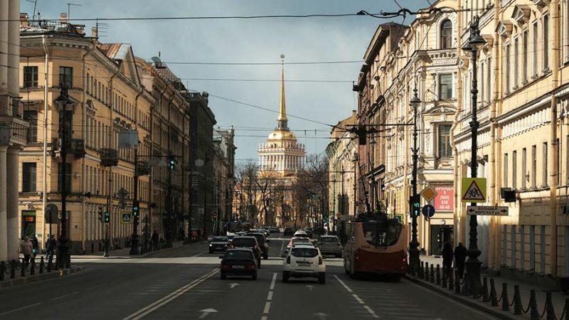 Губернатор сообщил о переносе начала туристического сезона в Петербурге
