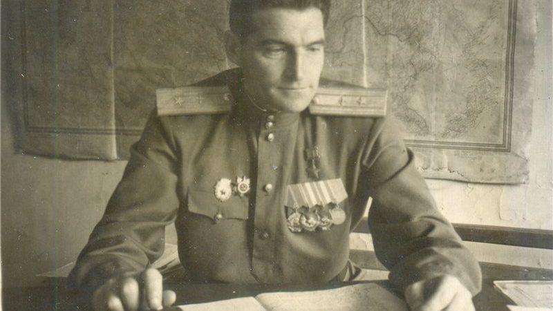 Чурилин Арсений Павлович                      гвардии майор                Герой Советского Союза
