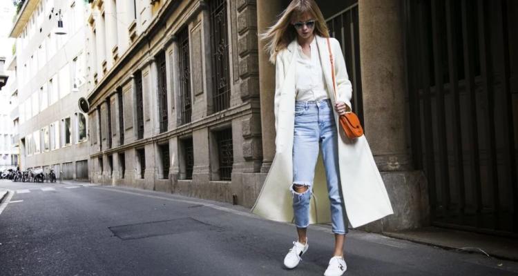 Какие джинсы в будут в тренде уличной моды весна-лето 2020?