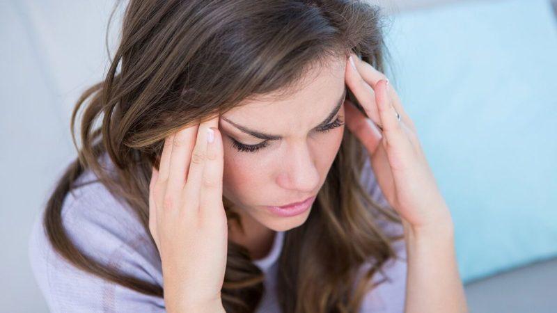 Избавляемся от головной боли без таблеток: 7 простых упражнений