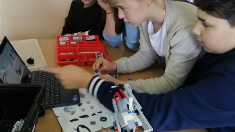 Новое школьное увлечение — робототехника